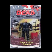 Walking Dead Comic Series 2 Riot Gear Glenn